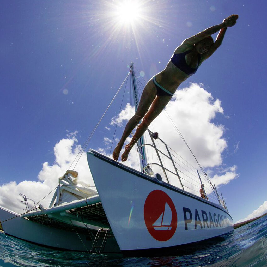 Pali Coast Sail Snorkel Diving off Catamaran